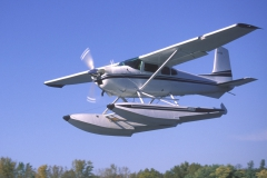 Cessna 180 on Wipline 3000 Floats