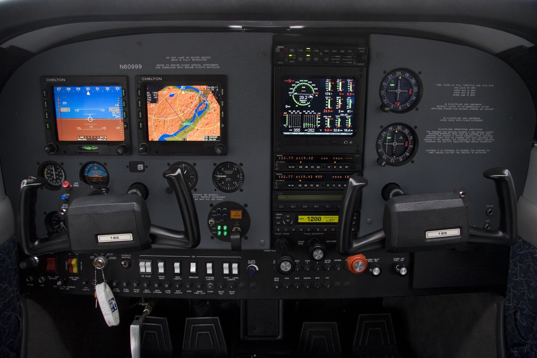 Cessna 185 Avionics