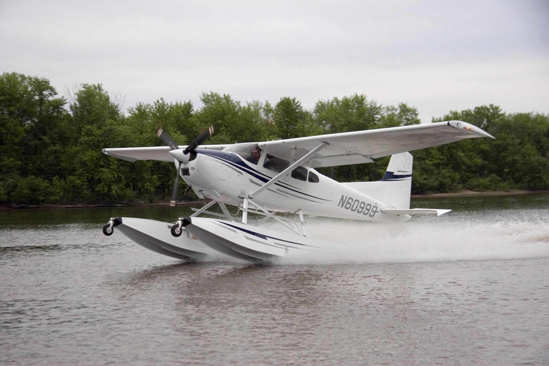 Wipline® 3000 Floats | Wipaire, Inc