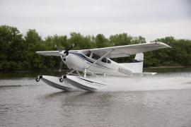 Cessna 185 on Wipline 3000 Floats