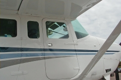 Cessna 206 Co-Pilot Door Closed