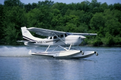 Cessna 206 on Wipline 3450 Floats
