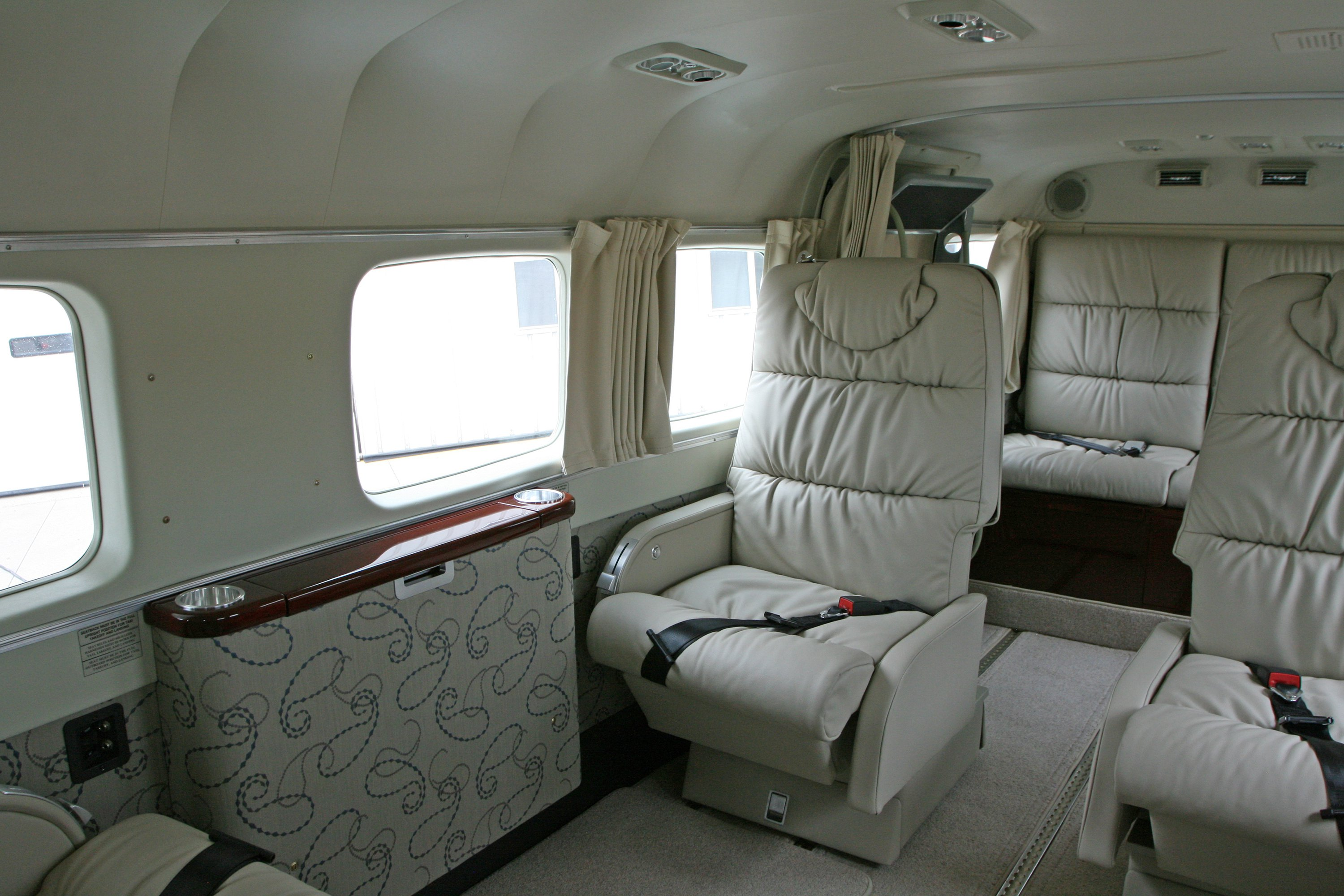 Interiors Fully Customized For Your Satisfaction Wipaire Inc Cessna Parts Aircraft Accessories 208b With An Aurora Interior By