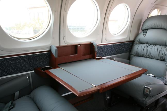 King-Air-200-Interior-4