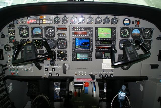 2006 cessna caravan amphibious wipaire  inc Cessna Caravan Cockpit Cessna 208 Caravan Interior
