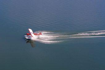 CubCrafters Top Cub on Wipline 2100 Floats
