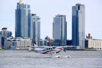 2011 Cessna Caravan Amphibious