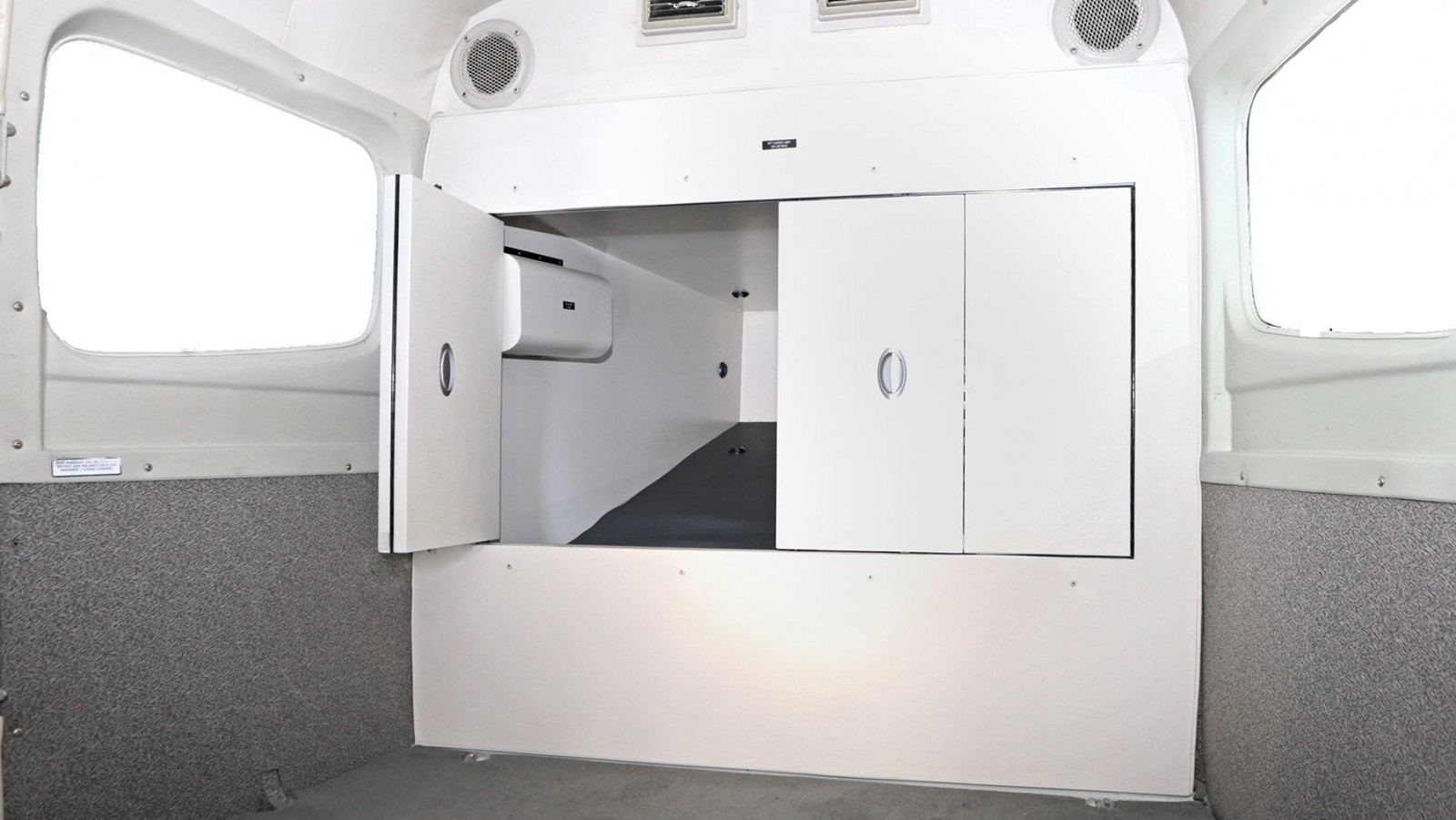 Image of the Wipaire Extended Baggage compartment