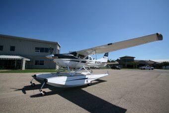 SOLD -1999 Amphibious Cessna T206H