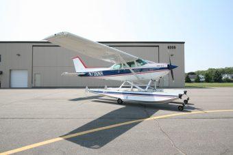 SOLD – 1977 Amphibious Cessna R172K