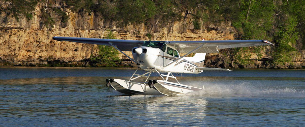 Cessna 172 on Wipline 2350 Floats