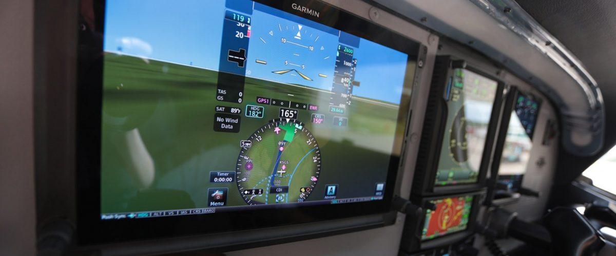 avionics-header-Cessna-182-avionics