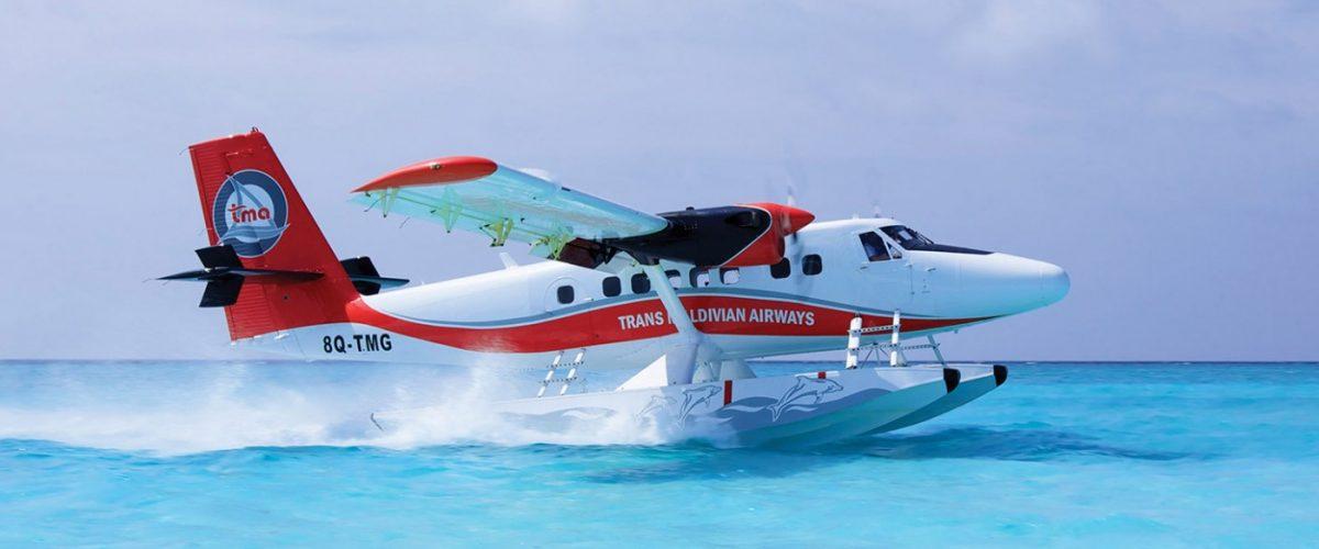 de-Havilland-Twin-Otter-on-13000-Floats-Step