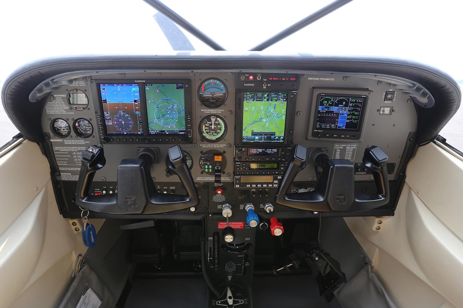 Boss 182 Avionics Suite by Wipaire