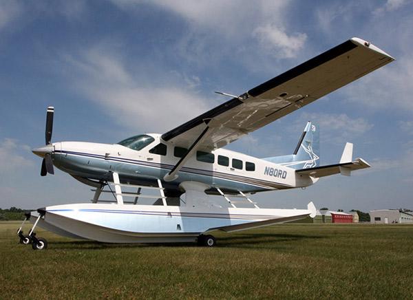 Caravan-8750-Floats-Paint-slideshow
